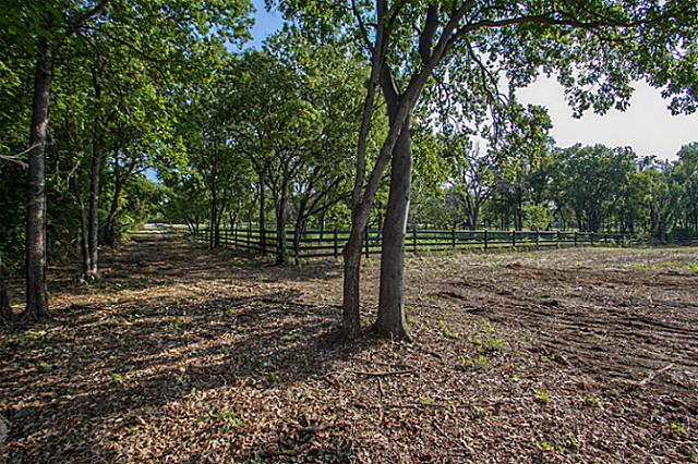 SOLD!!!: Beautiful, Lush Residential Land in Colleyville