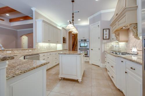 7708 Shadow Wood Drive Kitchen