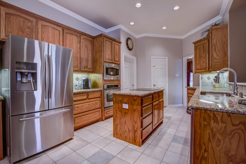 305 parkview kitchen