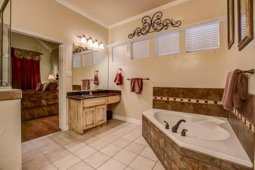 305 parkview master bath 2