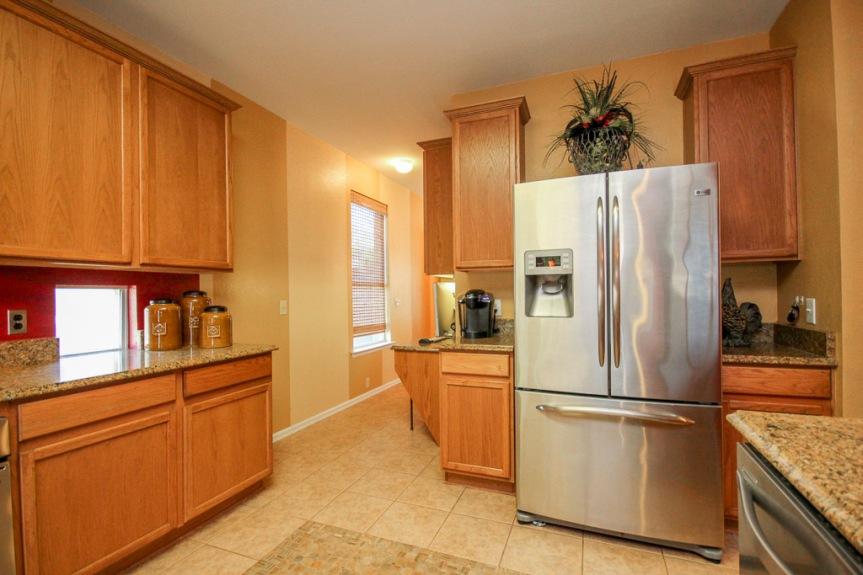 7933 Spring Run Kitchen 2